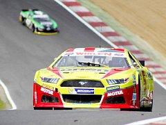 Brands Hatch je okruh, který Doubkovi sedí. Prokázal to i tentokrát, když se pohyboval na dohled od stupňů vítězů.