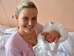 TADEÁŠ DOSKOČIL. Narodil se 11. června Miriam Filipové a Michalovi Doskočilovi z Hartmanic. Měřil 51 centimetrů a vážil 3,69 kilogramu.