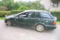 Litomyšl: Nepřiměřená rychlost měla v neděli 5. července kolem páté hodiny ráno za následek dopravní nehodu na ulici Mařákova.