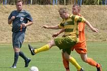 SLUNCE PRAŽILO a fotbalisté z devíti Březových bojovali o turnajové prvenství. Dosáhl na ně celek ze III. třídy.