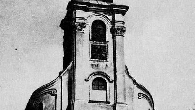 Kostel v Křenově.
