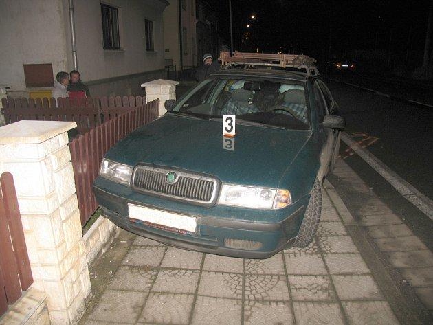 Kolize tří aut v Moravské Chrastové