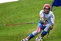 Jiří Russwurm na trati obřího slalomu, který mu ve Švýcarsku přinesl cenné šesté místo.
