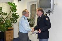 Krajský ředitel hasičů ocenil hasiče ze svitavského okresu.