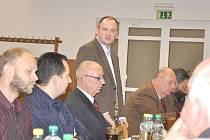 Michal Hašek se ve středu v Poříčí u Litomyšle sešel se zemědělci, lesníky a dalšími odborníky na problematiku venkova.