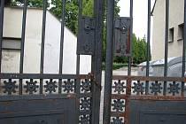 Brány svitavského hřbitova.