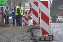 Budování chodníků ve svitavské části Lačnov.