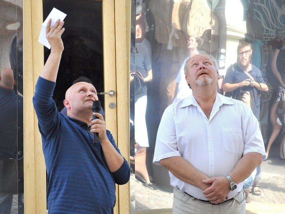 PETICE JSOU ZBYTEČNÉ, míní  Zdeněk Fránek . Perská věž nezůstane v Litomyšli  navždy.
