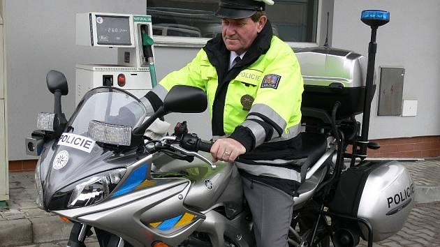 Svitavští policisté získali novou silnou motorku značky Yamaha.