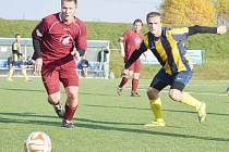 Dát v soutěžním utkání dvanáct gólů, to se občas stává v soutěžích přípravek nebo mladších žáků, ale mezi dospělými to je rarita.