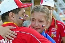 Dojatá medailistka Kamila Krejčí.