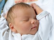 NELA VÁZLEROVÁ. Narodila se 3. dubna Janě Dudkové a Miroslavu Vázlerovi z Lezníku. Měřila 51 centimetrů a vážila 3,6 kilogramu.