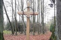 Nový kříž na Šibeničním vrchu