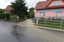 Bleskové povodně zaplavují několikrát do roka cesty a zahrady i domy v Litomyšli.