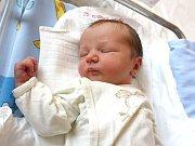 ŠTĚPÁN KOUDELKA. Chlapeček se narodil 13. dubna v 16.46 hodin ve svitavské porodnici. Sestřičky mu po narození navážily 3,53 kilogramu a naměřily 53 centimetrů. Doma bude ve Starém Městě.