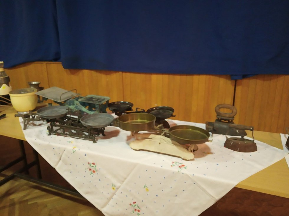 Alena Bartošová zve do Budislavi na Retro výstavu  Tajemství skrývaná na půdách a také na  Podzimní prodejní výstavu.