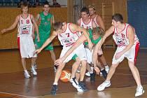 Pouze o 3 body prohráli svitavští basketbalisté s libereckými Kondory.