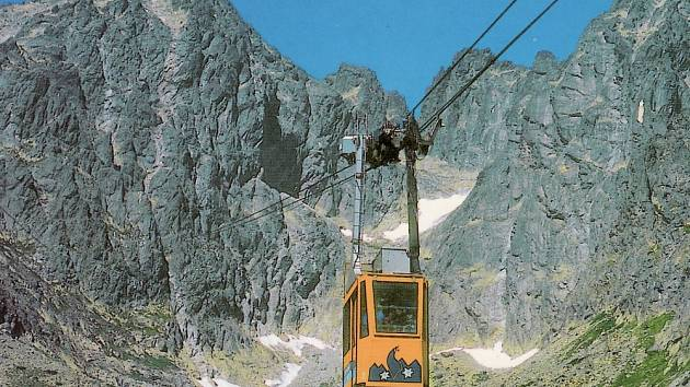 Lanovka na Lomnický štít je známá i z filmu Anděl  na horách.