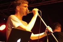Frontman kapely Midi Lidi Petr Marek.