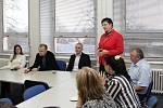 Diskuse nad situací gymnázií v Moravské Třebové a Jevíčku.