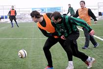 OSM BRANEK padlo na umělé trávě ve Svitavách-Lánech v utkání mezi domácím béčkem a Litomyšlí.