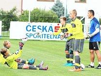 Mladí fotbalisté z klubů z Pardubického kraje prožijí krásné sportovní odpoledne.