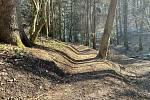 Pod Pastýřkou v Moravské Třebové vznikají stezky pro horská kola.