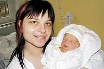 ELIŠKA JURNÍČKOVÁ. Ivana a Michal z Gruny přivedli společnými silami 17. ledna ve 22.32 hodin na svět první dcerku. Sestřičky ve svitavské porodnici holčičce naměřily 48 centimetrů a navážily 2,6 kilogramu.