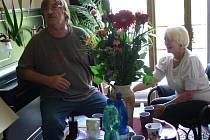 Akademie se zúčastnila i ředitelka humanitárního hnutí Stonožka Běla Jensen a hudebník Josef Vágner.