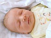 MATĚJ DĚDIČ. Narodil se 19. března Zdeňce a Mírovi ze Svitav. Měřil 51 centimetrů a vážil 3,6 kilogramu.