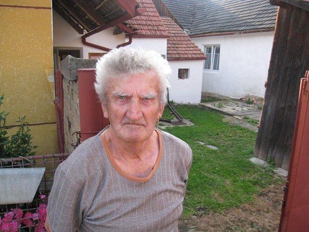 Vladimír Langer se svým otcem zvon zachránil