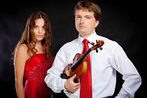 Československé komorní duo završí letošní ročník Roku české hudby v Poličce. Koncert se uskuteční 18. prosince od  19 hodin v poličském Centru Bohuslava Martinů.