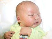 ELIŠKA KRIŠTOFOVÁ. Rodiče Jana a Miroslav z Opatovce se od 27. října 0.13 hodin radují z narození dcery. Vážila 3,4 kilogramu a měřila půl metru.