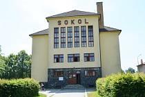 SOKOLOVNU v Bystrém prohlásili památkáři v roce 1995 za kulturní památku. Je centrem sportu i kultury.