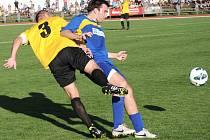 Jak se zdá, divizní fotbalisté TJ Svitavy se rozstříleli. Svého loňského konkurenta z krajského přeboru z Holic, který hrál celý zápas v deseti, výrazně přehráli a posunují se tabulkou nahoru.