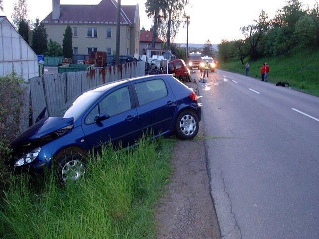 Nehoda na silnici č. 359 ve směru od Litomyšle na Osík.