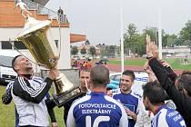 V minulém roce zvedli vítězný pohár nad hlavy hráči Fitness4 Brno. O obhajobu se pokusí pod jiným názvem, ovšem řada konkurentů si brousí zuby na to, aby je nejvyšším postu vystřídala.