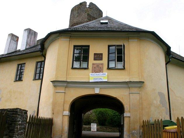 Vstupní prostory hradu Svojanov.