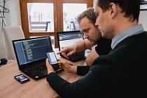 MEALGO vymysleli Marek Votroubek (vpravo) a Jaroslav Rýpar. Chtějí pomoci majitelům restaurací.