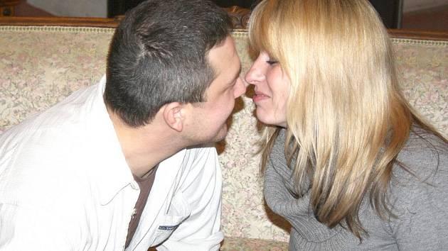 Pusa na zámku, při které si snoubenci vyznali lásku, se v komnatách litomyšlského zámku konala na svátek svatého Valentýna už potřetí.