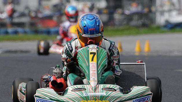 Martin Doubek měl v Sosnové štěstí v první a velkou smůlu ve druhé jízdě v mistrovství republiky.
