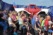 Od pátku 15. června až do neděle 17. června předvádí své divoké kousky s auty kaskadéři na asfaltové ploše strakonického letiště V Lipkách.