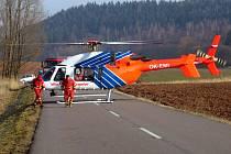 VRTULNÍK PŘEPRAVIL v pondělí 11. února jedenapadesátiletého řidiče na traumatologii do pardubické nemocnice.