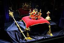 Od 7. září budou na Svojanově k vidění české korunovační klenoty, symboly vlády a moci českých králů.