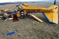 Nešťastně skončil pro pilota ultralehkého letadla první dubnový den.
