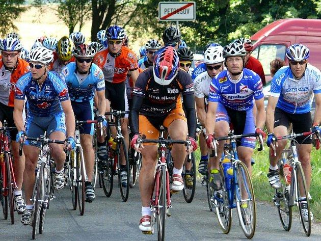 Na start v Petrušově se postavilo osmašedesát závodníků v sedmi kategoriích.