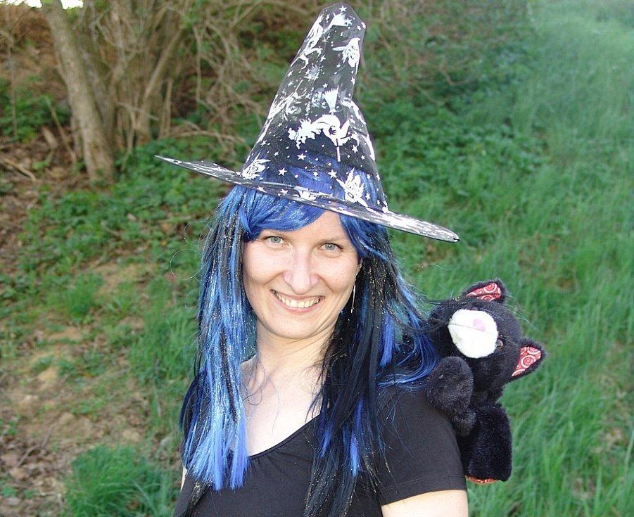 Jak děti z centra Krůček pálily letos čarodějnice ve Svitavách