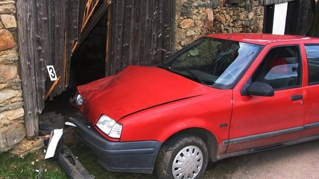 V Borové u Poličky bourali řidiči z Oldříše.