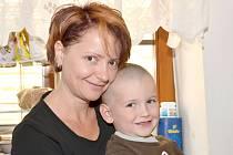 Silvie Kováčová se synem Filipem a dcerou Barborkou je ve Svitavách spokojená.