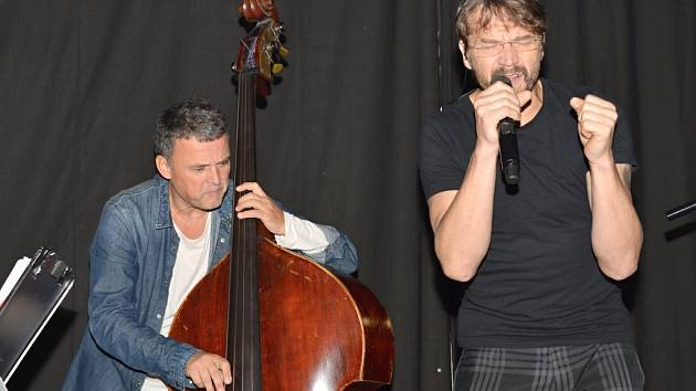 Koncert Dana Bárty a Robert Balzar Tria v Litomyšli.
